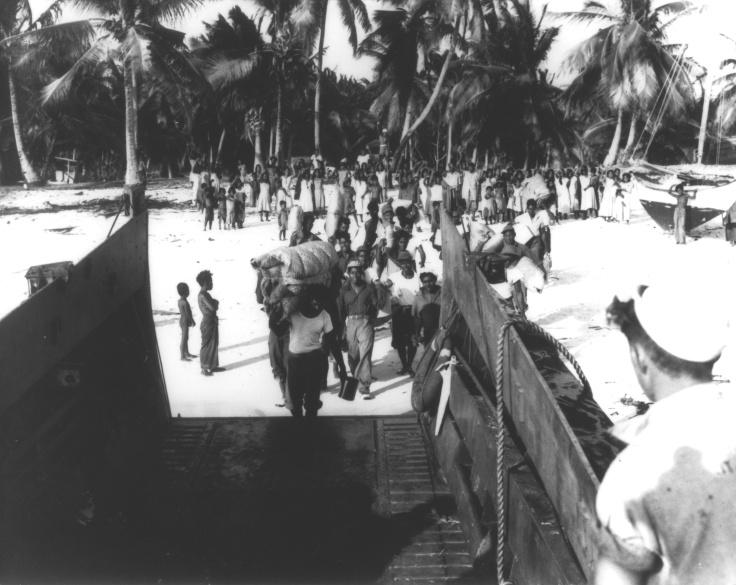 leaving-bikini-1946g