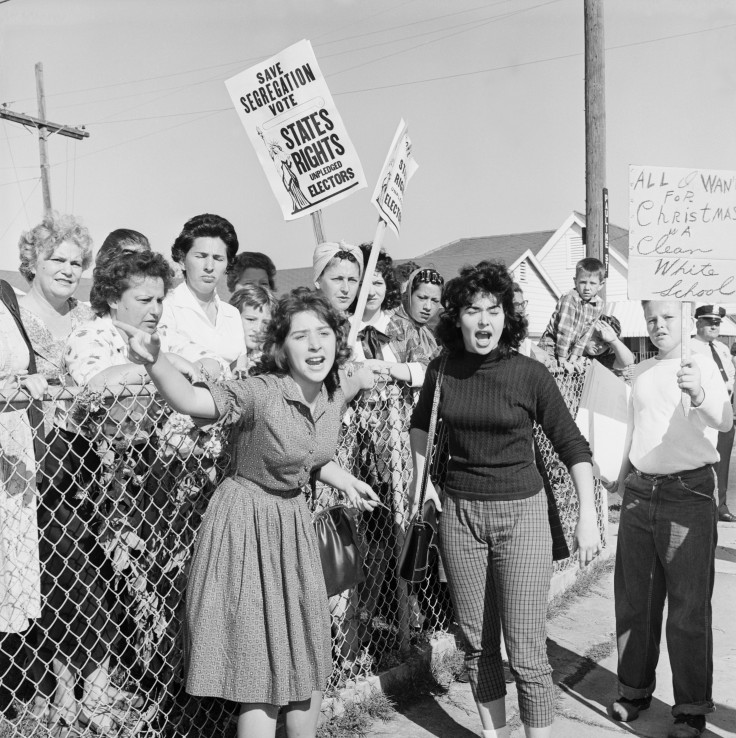 protestors-at-ruby-bridges-school_corbis_be024684_0.jpg