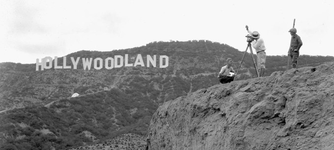hollywoodland-and-cameramen