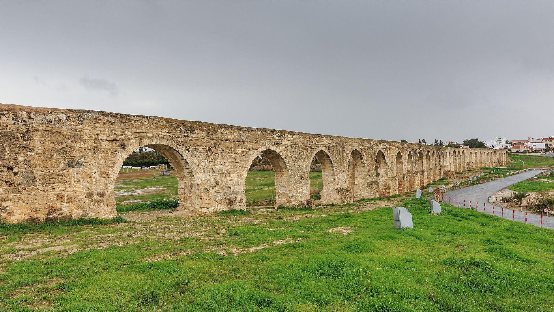 Larnaca_01-2017_img25_Kamares_Aqueduct