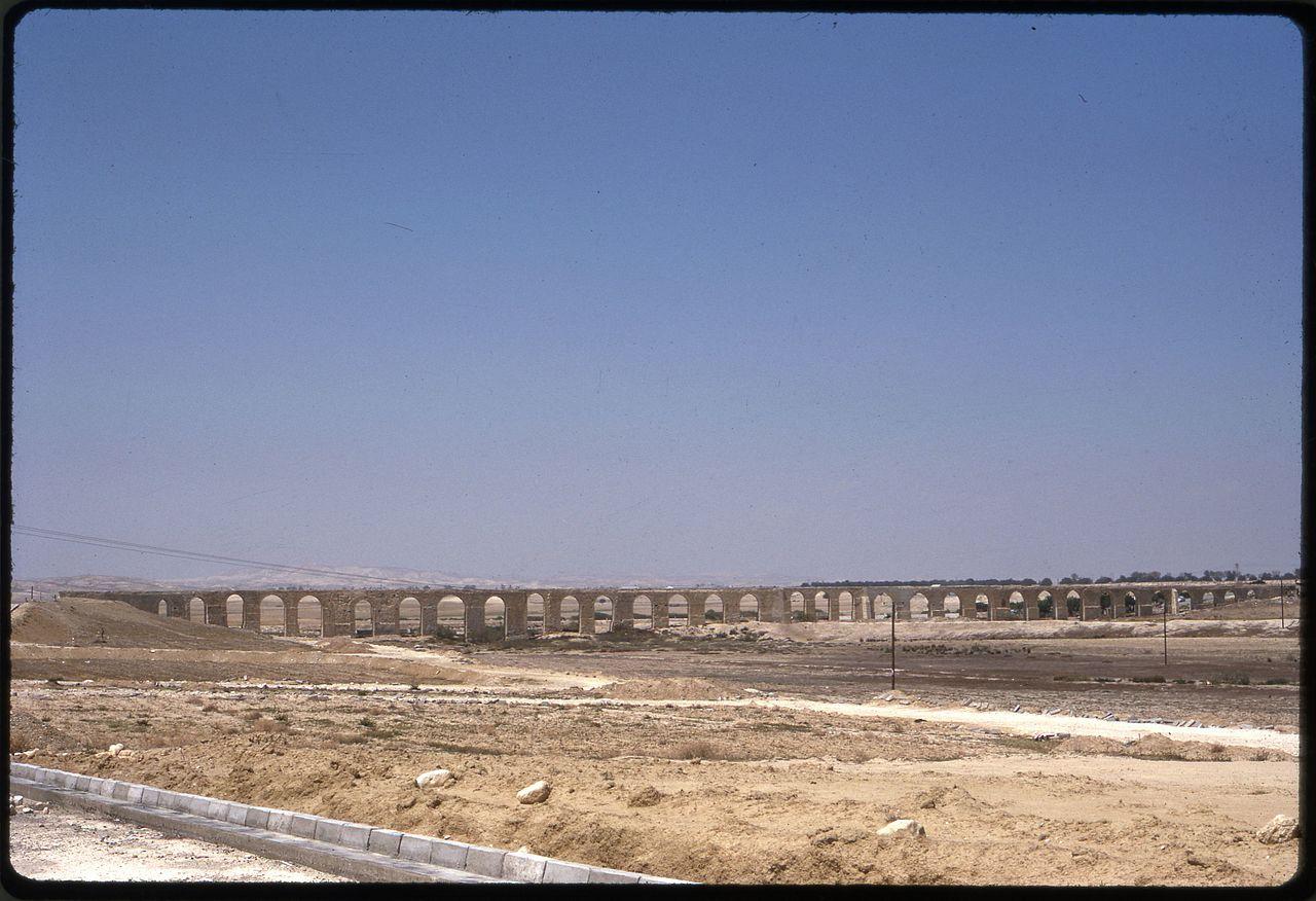 Larnaca,_Cyprus,_aqueduct_in_1973