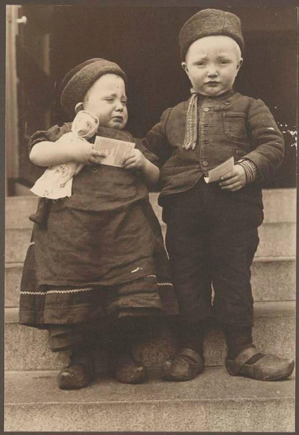 Dutch-siblings