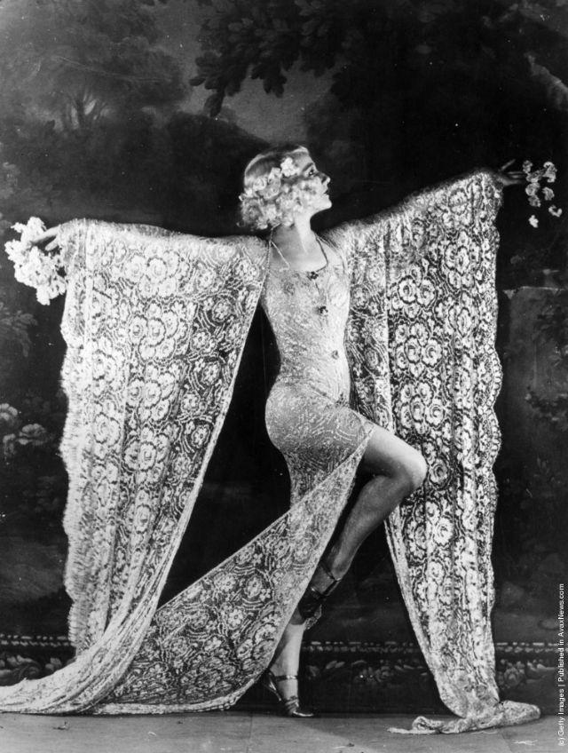 cabaret-dancers-17